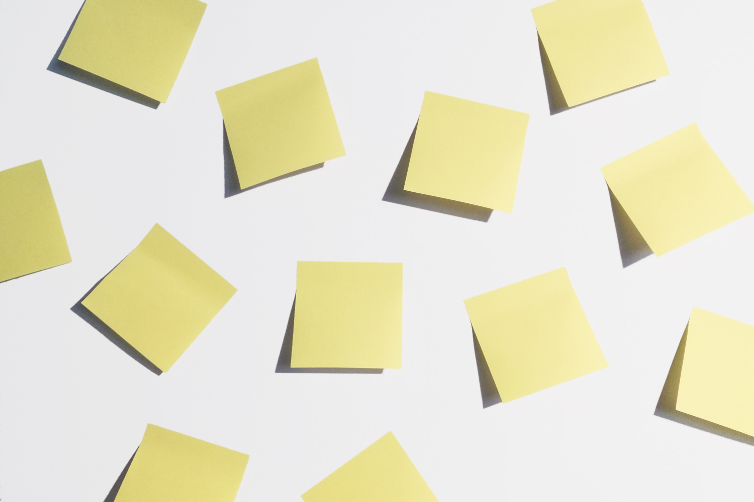 Simone Bonanni joins the high five, post-it | Wood'd Uncovered.